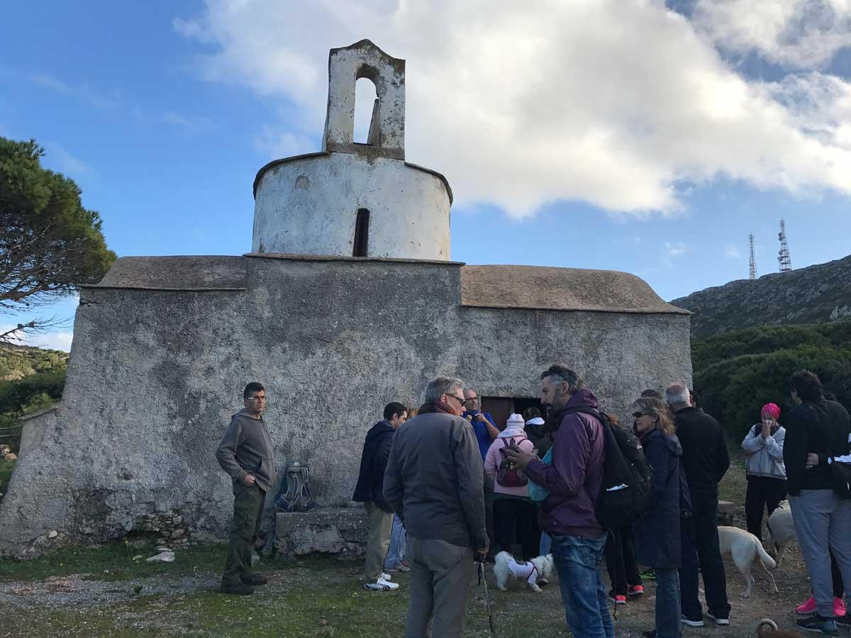Frank hat eine Führung in der ansonsten geschlossenen Kirche organisiert. Church of Ayios Demetrios.