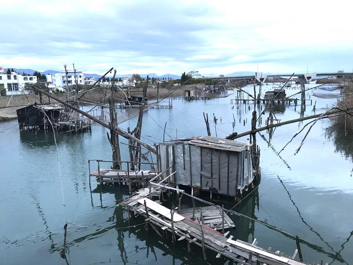Die Fischerboote in der Lagune von Ulcinj. Allein hier könnte ich einen ganzen Tag verweilen udn fotografieren.